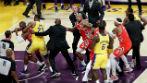 Lakers-Rockets maçında kavga