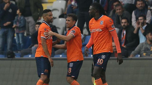 Başakşehir 3 maç sonra kazandı