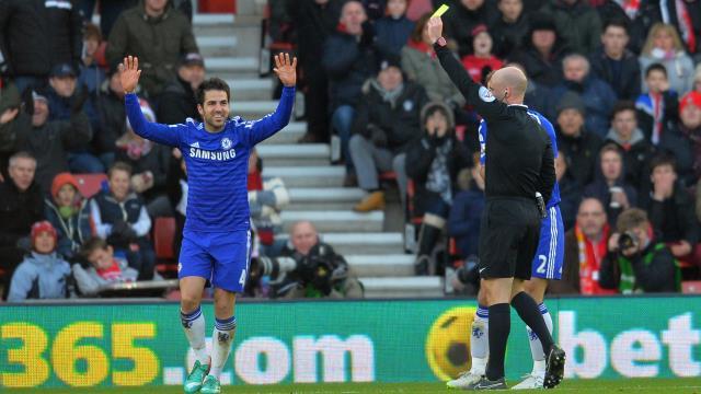 Chelsea'den Fabregas önlemi