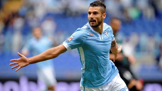 Lazio elini çabuk tuttu