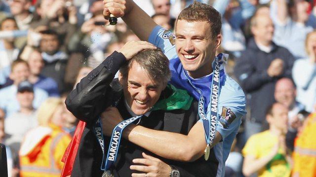 Mancini: Dzeko Sezon Sonu...