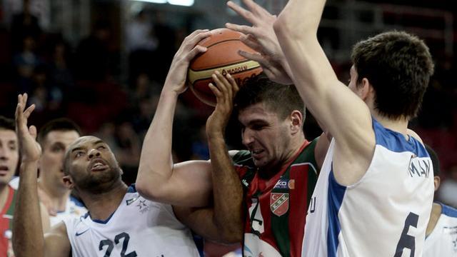 Anadolu Efes ilk maçı aldı