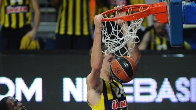 Fenerbahçe'den muhteşem galibiyet