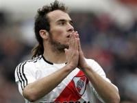 River Plate Kaptani Olympiakos'Ta