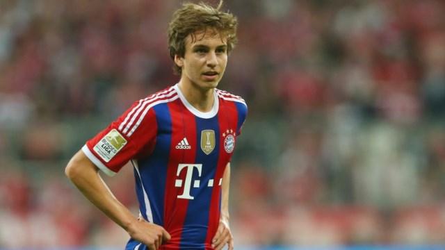 Bayern geleceğin yıldızıyla imzaladı
