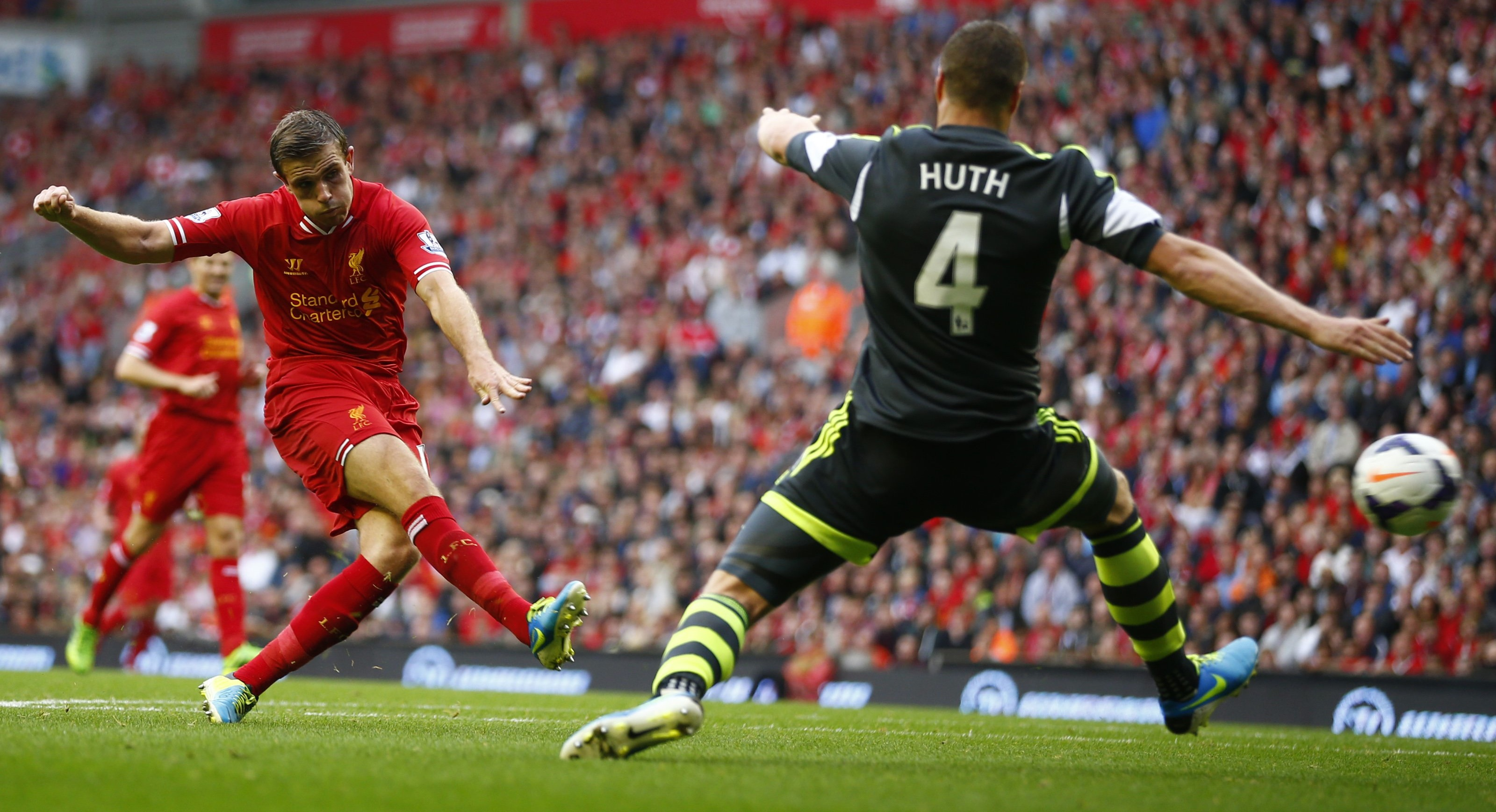 Liverpool zor kazandı