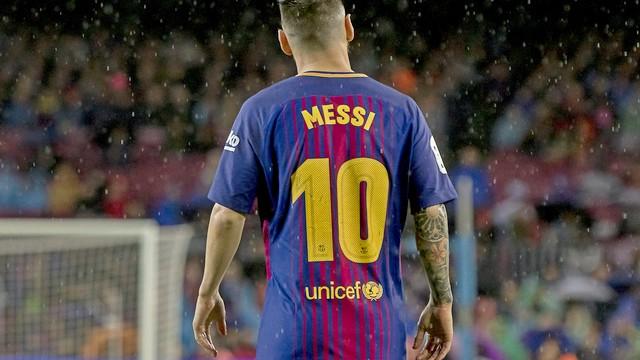 Messi: Kusursuz bir futbolcu değilim