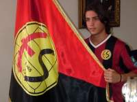 Genç Oğuz İstanbul'a Döndü