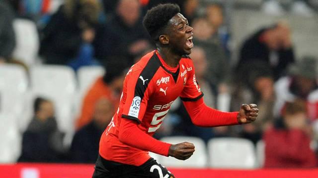 Genç yıldızı Dortmund kaptı