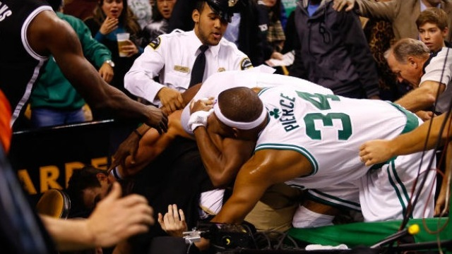 NBA'de yumruklar konuştu!