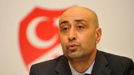Murat Akça Yeniden Kadroda