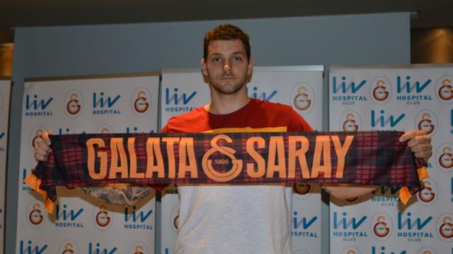 Galatasaray'a Sırp forvet