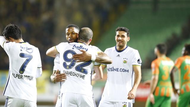 Fenerbahçe küllerinden doğdu