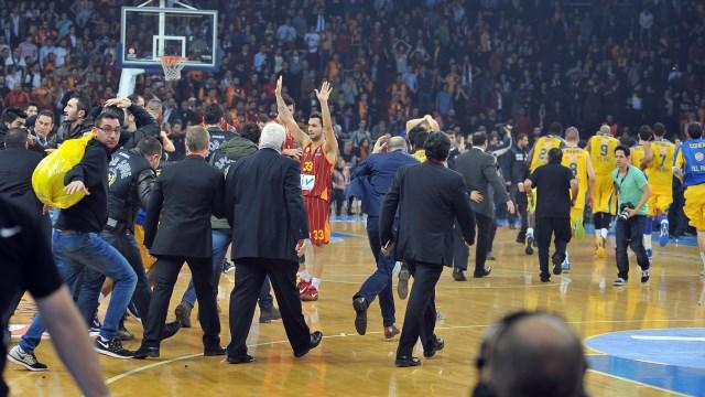 Galatasaray: Katledilmesin