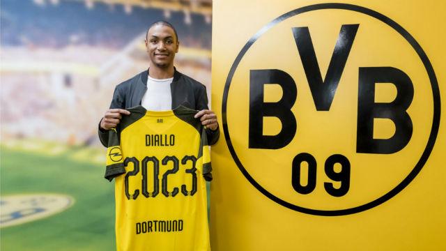 Borussia Dortmund'dan savunmaya takviye