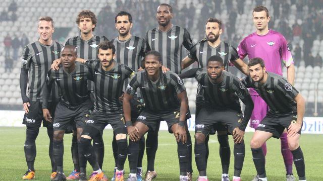 Douglao Galatasaray maçında yok!