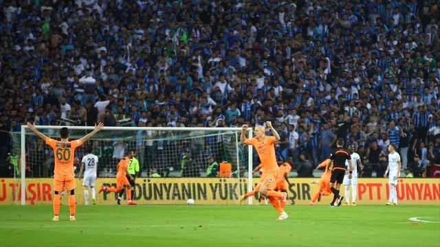 Süper Lig'e son bilet Alanya'ya!