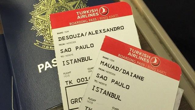 Alex İstanbul'a neden geliyor?