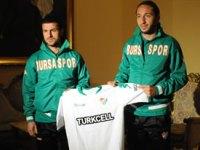 Bursaspor'da 5 İmza