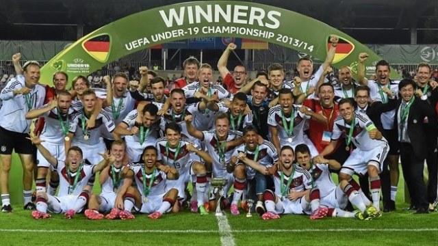 Her yerde Almanya ŞAMPİYON!