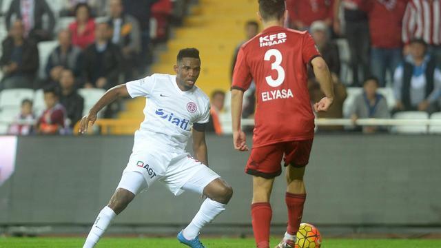Antalya'da sessiz maç