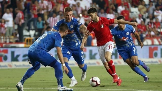 Antalyaspor'dan muhteşem geri dönüş