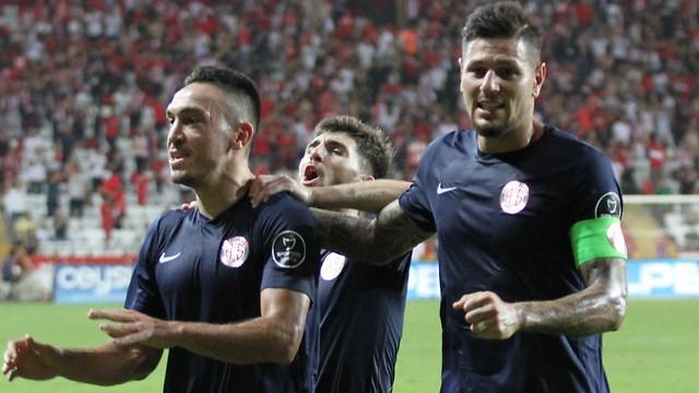 Antalyaspor geriden gelip kazandı