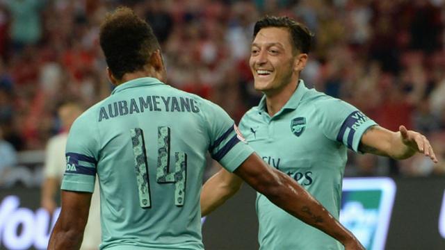 Mesut attı, Arsenal farka koştu