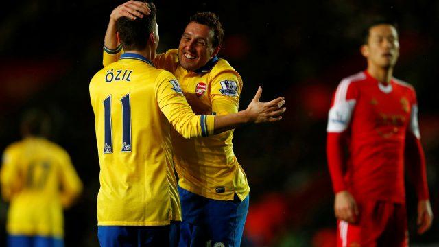 Arsenal frene bastı