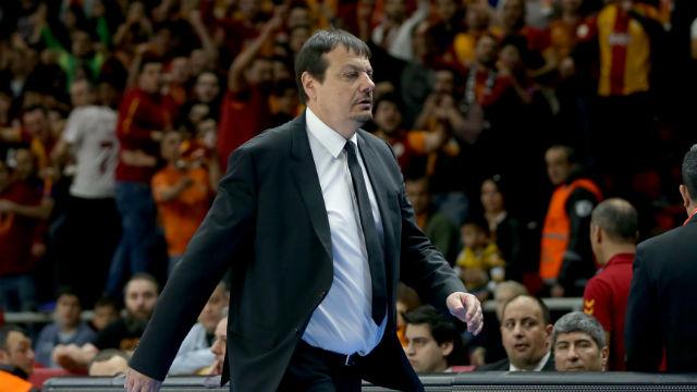 Ataman: Ayrılmayı düşünmüyor değilim