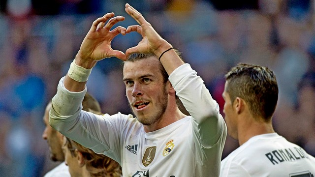 Bale imzayı attı!
