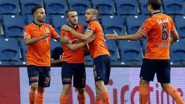Başakşehir, 3 puanı 3 golle aldı
