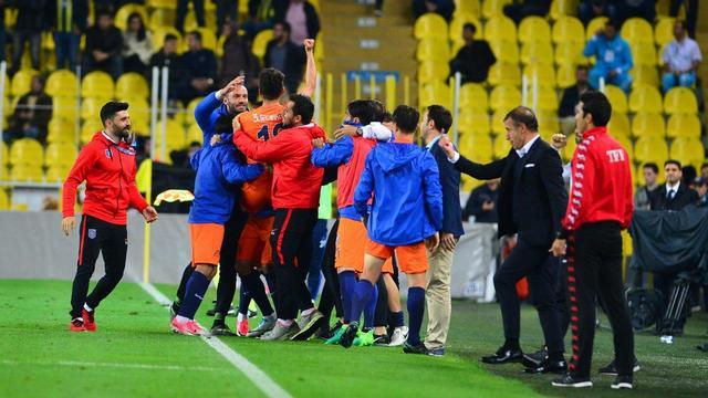 Başakşehir penaltılarla finalde