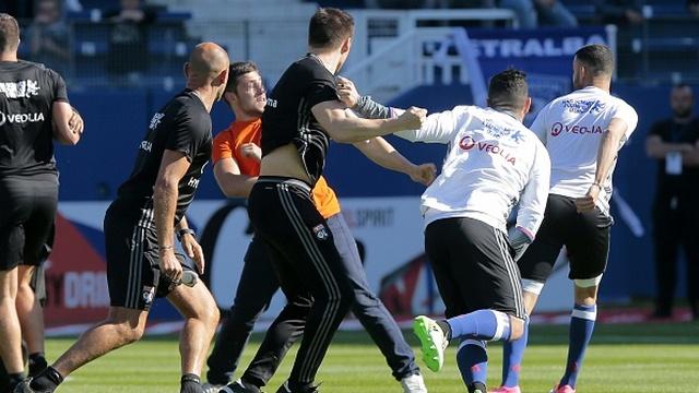 Bastia'ya ceza yağdı!