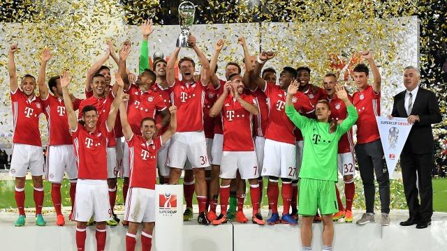Bayern sezonu kupa ile açtı