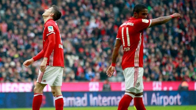 Bayern Münih de puan kaybeder