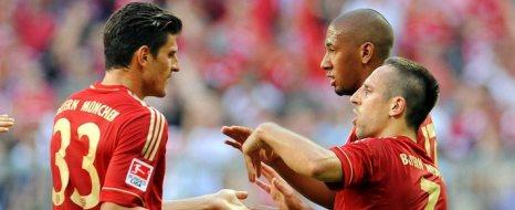 Gomez Atıyor, Bayern Coşuyor