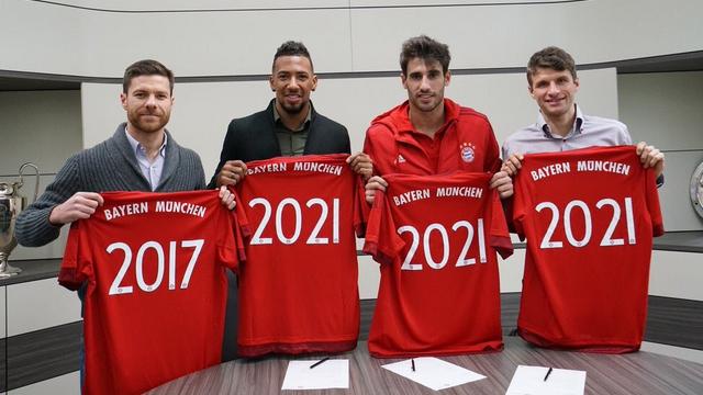 Bayern'de imza şov!