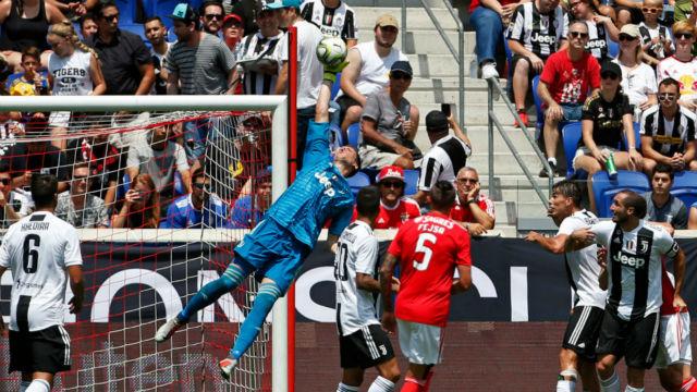 Benfica Juventus'a penaltılarla teslim oldu