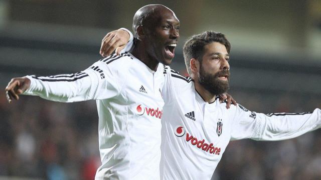 Lider Antalya'yı ağırlıyor