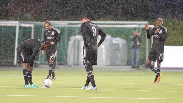 Beşiktaş da boyun eğdi