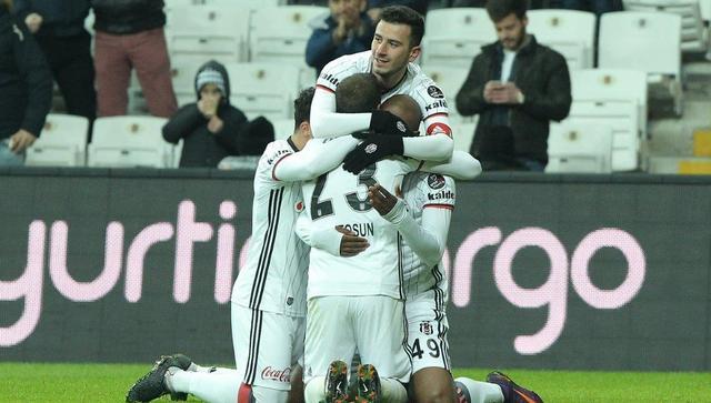 Beşiktaş, kupada Fenerbahçe'yi ağırlıyor