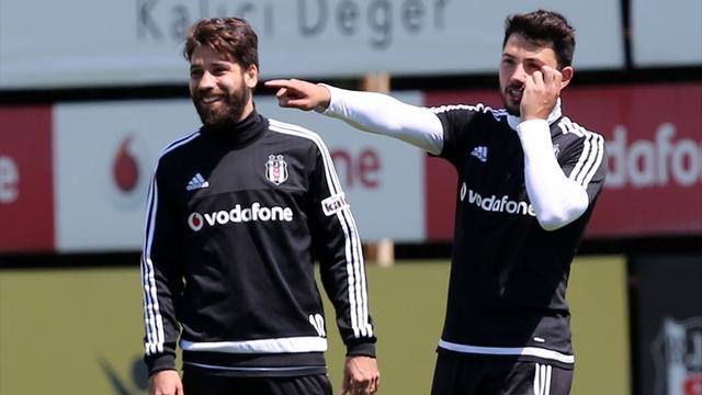 Beşiktaş idmanında kafa kafaya