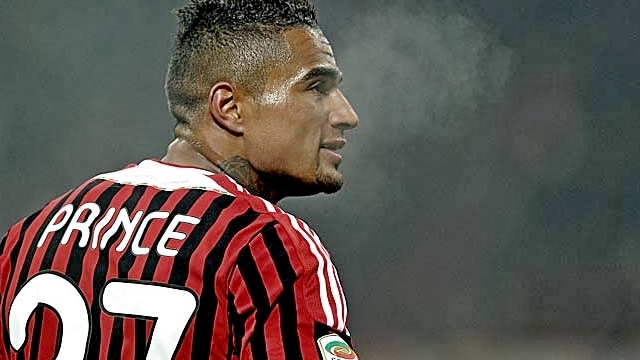 Milan'a resmen geri döndü