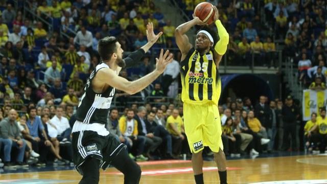 Seride açılışı Fenerbahçe yaptı
