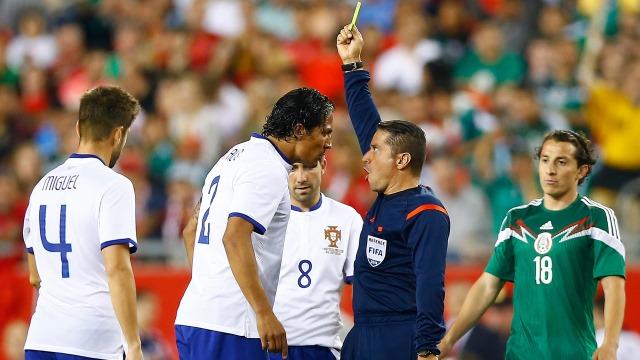 Bruno Alves 1 - 0 Meksika