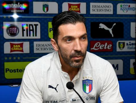 Buffon, İtalya Milli Takımı'na geri dönüyor!