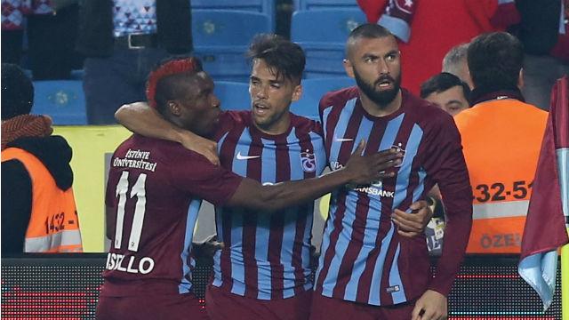 Kral gollere, Trabzonspor seriye devam etti