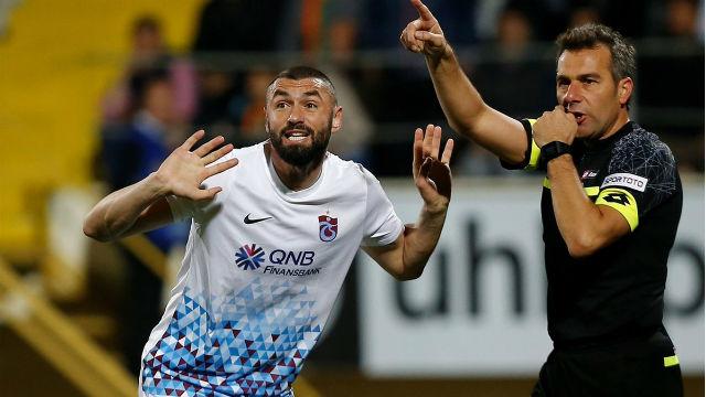 Burak Yılmaz Beşiktaş maçında yok!
