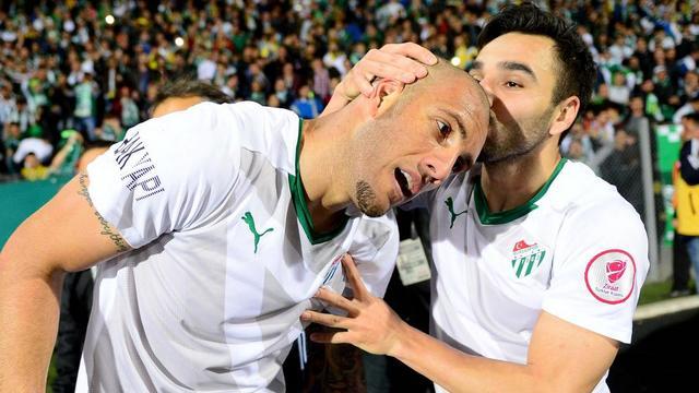 İlk yarı finalist Bursaspor